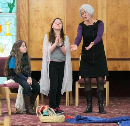 Jewish Programs with Eva Grayzel